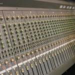 Table de mixage YAMAHA  MC3204II